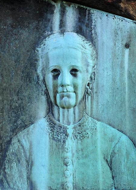 Crete McCann grave closeup, Elmira, NY, low res